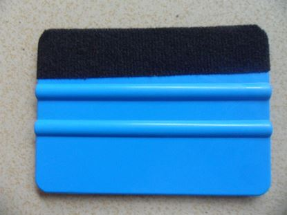 Picture of Car Vinyl Film wrapping tools Blue color 3M Scraper squeegee with felt edge size 10cm*7cm